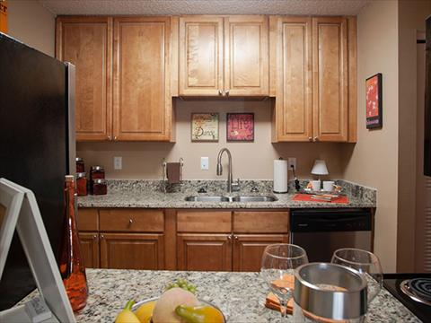 Downtown Knoxville Apartments | UT Campus Apartments for ...