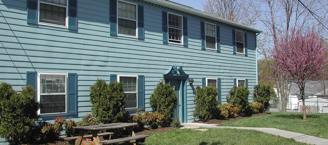 WILLIAMSBURG VILLAGE APARTMENTS   Knoxville, TN 37912 | Apartments For Rent  | Knoxville Apartment Guide
